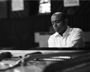 Stewart Goodyear records Rachmaninov